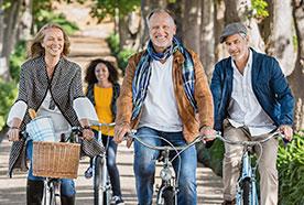 Insio-binax_family-on-bikes_276px.jpg